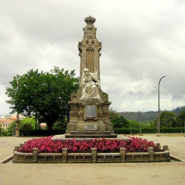 Sculptural complex for Rosalía de Castro